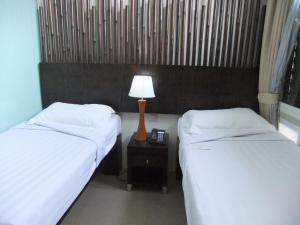 Santa Grand Hotel Little India - Image2