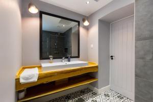 حمام في The Vintage Apartment