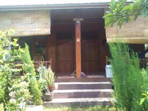 Villa Kombok   picture