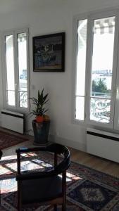 Khu vực ghế ngồi tại 17 Avenue de l'Agent Sarre