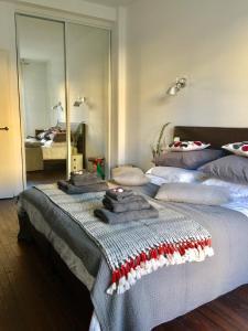 Cama ou camas em um quarto em Appartement moderne 4p hypercentre de nice