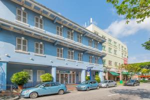 Hotel 81 Classic - Image1