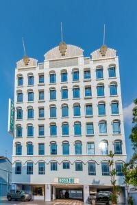 Hotel 81 Palace - Image1
