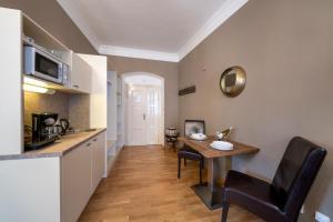 מטבח או מטבחון ב-Old Town - Aparthotel Michalska