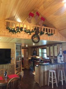 مطبخ أو مطبخ صغير في Reindeer Ranch At Round Top