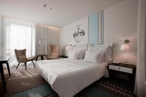 Macarico Beach Hotel - Image3