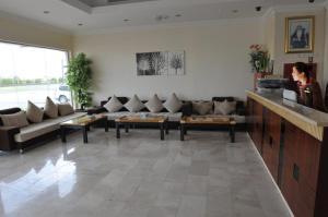 Photo 4 Amreen Hotel Apartments