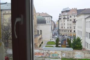 Výhled z okna z ubytování Synagogue View Premium Residence