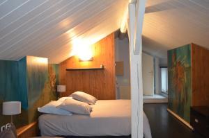 ferienwohnung la chambre saint louis metz frankreich metz. Black Bedroom Furniture Sets. Home Design Ideas