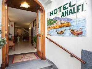 Entrance to Hotel Amalfi, Amlafi Italy