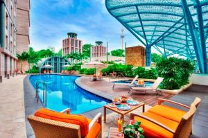 Resorts World Sentosa - Hotel Michael - Image4