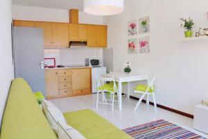 A cozinha ou cozinha compacta de Douro Apartments - Ribeira