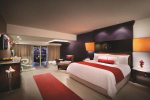 Hard Rock Hotel and Casino Punta Cana All Inclusive - Image3