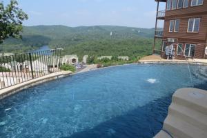 Cliffs Resort Table Rock Lake Branson Mo Booking Com