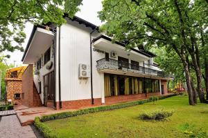 Complex Stejarul - Image1