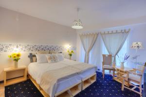 Peninsula Resort - Image3