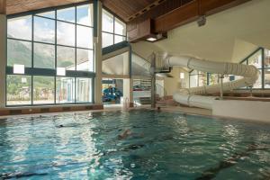 centre aqualudique wellnessHostel4000 à Saa-Fee, Suisse