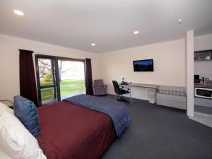 Oak Estate Motor Lodge - Image3