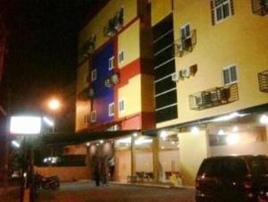 HL Days Inn   offer hotels