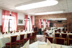 Hotel Dacia - Image2