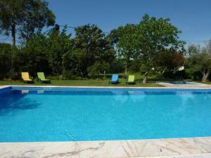 المسبح في Casa Do Forno أو بالجوار
