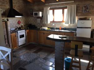 Una cocina o kitchenette en El chalet de Alba