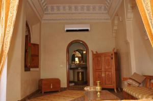 Riad jnane agdal and spa marrakech marocco for Salon karim agdal