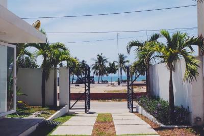 May's Beach Front Villa