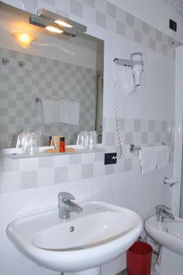 Hotel Corsaro - Nicolosi - Foto 23