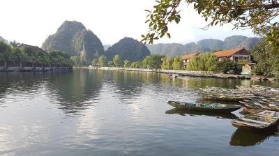 Tam Coc Mountain Lake Homestay