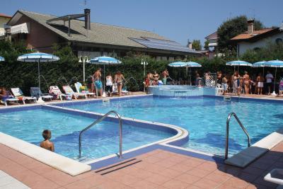 Hotel fabio italia san mauro a mare - Bagno delio san mauro a mare ...