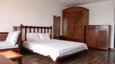 Cozy Lakeview Homestay