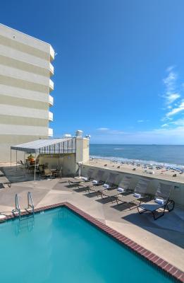 Best Deals For Beach Quarters Resort Virginia Beach Va