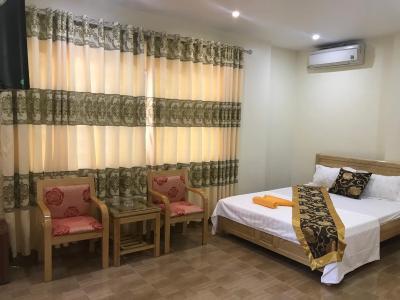 Van Phuong Hotel