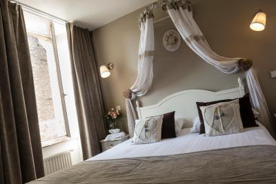 best deals for hotel arvor dinan france. Black Bedroom Furniture Sets. Home Design Ideas
