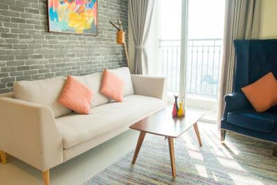The Manner Condo with Rooftop Pool