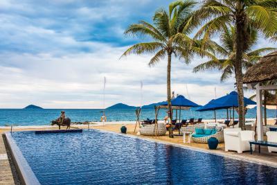 Sunrise Beach Resort Hội An