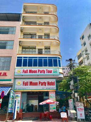 Full Moon Party Hotel