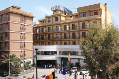 Hotel Kennedy - Sant'Alessio Siculo - Foto 15