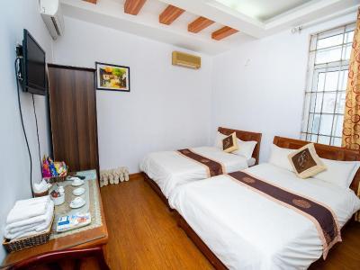 Hotel Phuong Dong