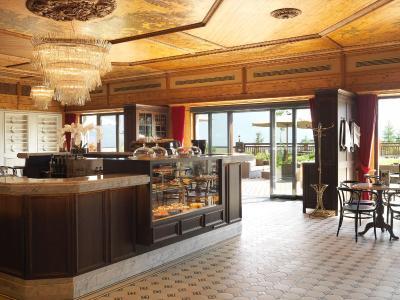 interalpen hotel tyrol gmbh telfs buchen austria. Black Bedroom Furniture Sets. Home Design Ideas