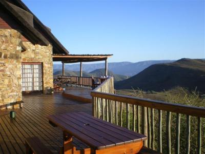 Intaba lodge kirkwood south africa for Outdoor living kirkwood