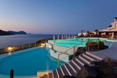 Therasia Resort Sea and SPA - Vulcano
