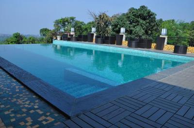 The Silverador Resort Club Utan India