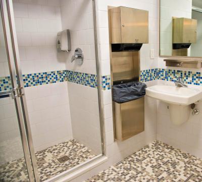 Hostel vanderbilt ymca new york city ny for Bathrooms r us reviews
