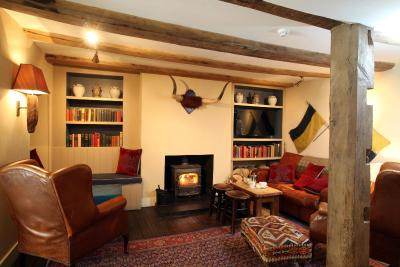 the crown hotel wells next the sea uk. Black Bedroom Furniture Sets. Home Design Ideas