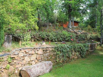 Caba as de madera sanabria vigo de sanabria for Cabanas para jardin