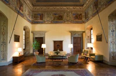 A salon in the Hotel Torre di Bellosguardo, Florence