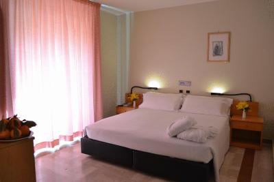 Hotel Pomara - San Michele di Ganzaria - Foto 1