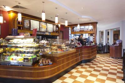 Premier Inn North Terminal Gatwick Restaurant